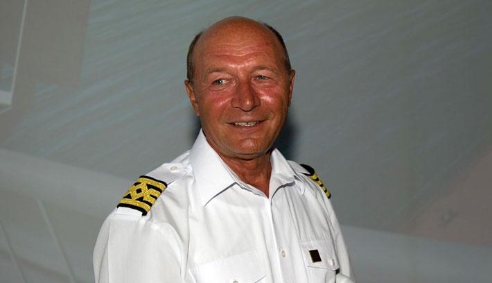 Băsescu visszatér