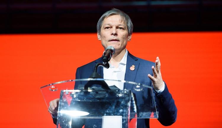 Dacian Cioloş birtokba vette a pártját