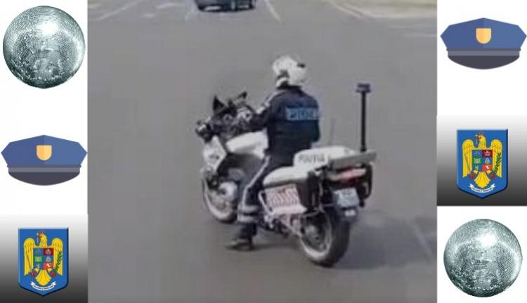 És azt látta, amikor a motoros rendőr megáll a pirosnál és táncolni kezd? (VIDEÓ)