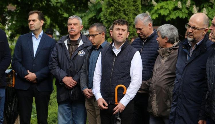 Az úzvölgyi temetőért fogtak kezet a csíkszentmártoniak és az RMDSZ