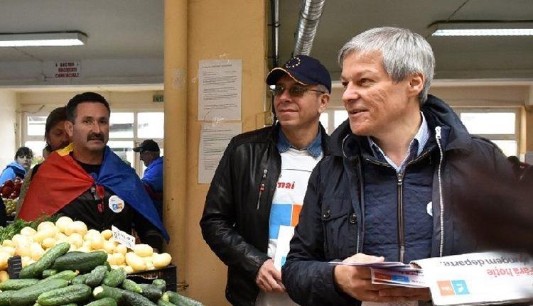 Mostantól román politikus mondja meg a tutit az EP liberális frakciójának élén