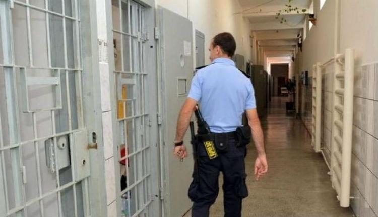 Több ezer elítéltet keresnek hiába a román hatóságok