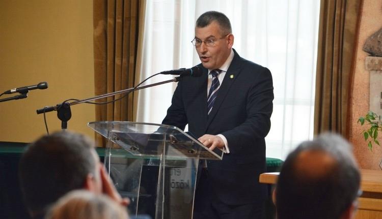 Független polgármesterjelöltként indulna jövőre az MPP-ből kizárt Gálfi Árpád, ha az internet népe eleget kattint