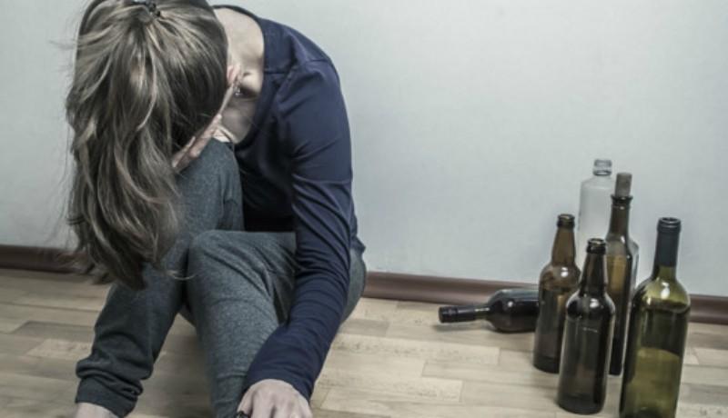 Mattrészegen ment be az iskolába egy tanárnő, elvezették a rendőrségre