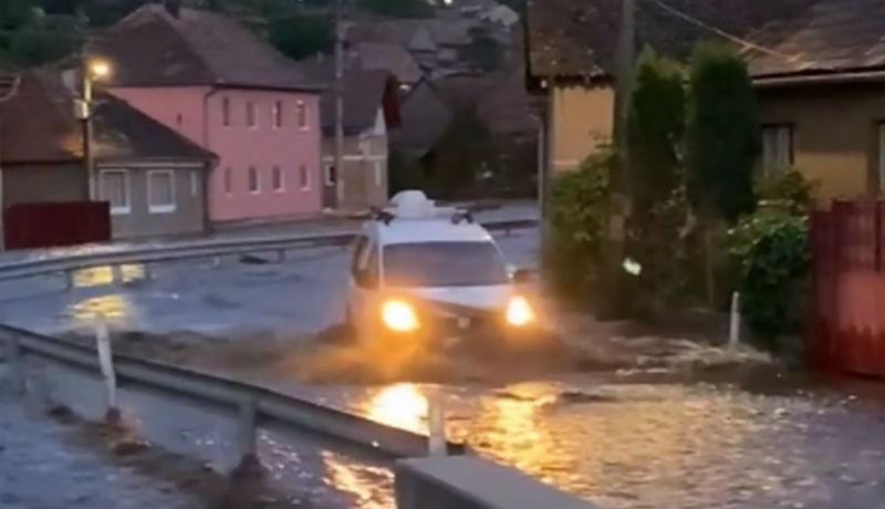 Két székelyföldi települést is ellepett az özönvíz az ítéletidő után (VIDEÓval)