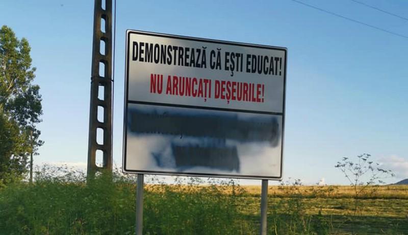 Az anonim nackó zsenik szövetkezete lefestett egy magyar feliratot. De melyik magyar feliratot?! :D