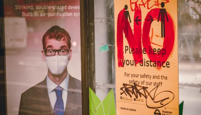 Enyhén csökkenő járványszámokkal közeleg a hétvége