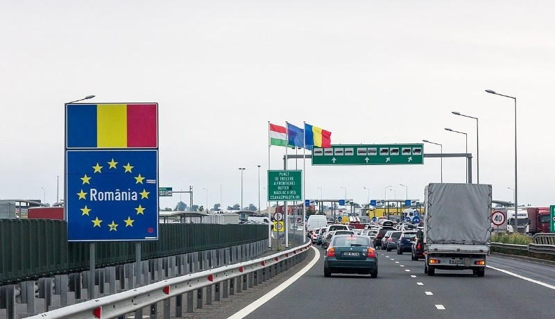 Magyarországról jönne Erdélybe? Hétfőtől ismét karanténra kötelezik