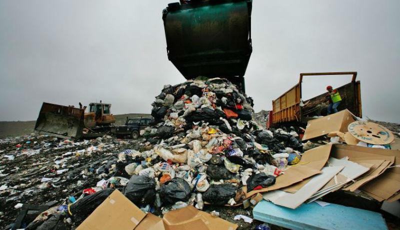 Bűnszervezetek Európa szemétlerakójának használják Romániát – mondja a Környezetvédelmi Őrség vezetője