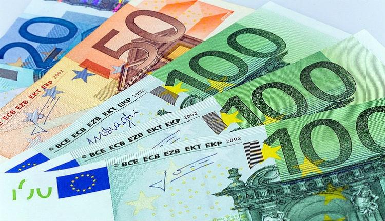 Ennyi pénzt küld haza havonta átlagosan egy külföldön dolgozó román állampolgár