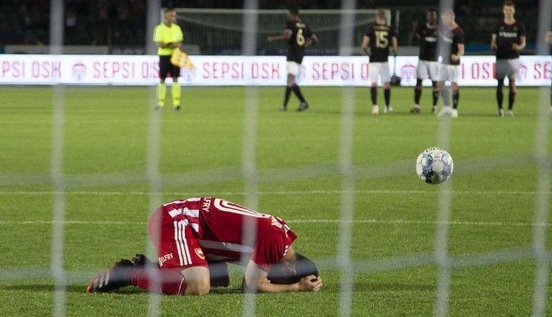 Hiába adta meg az UEFA az esélyt a Sepsinek, nem tudott élni vele