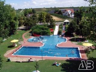 Luftbild Schwimmbad Gols