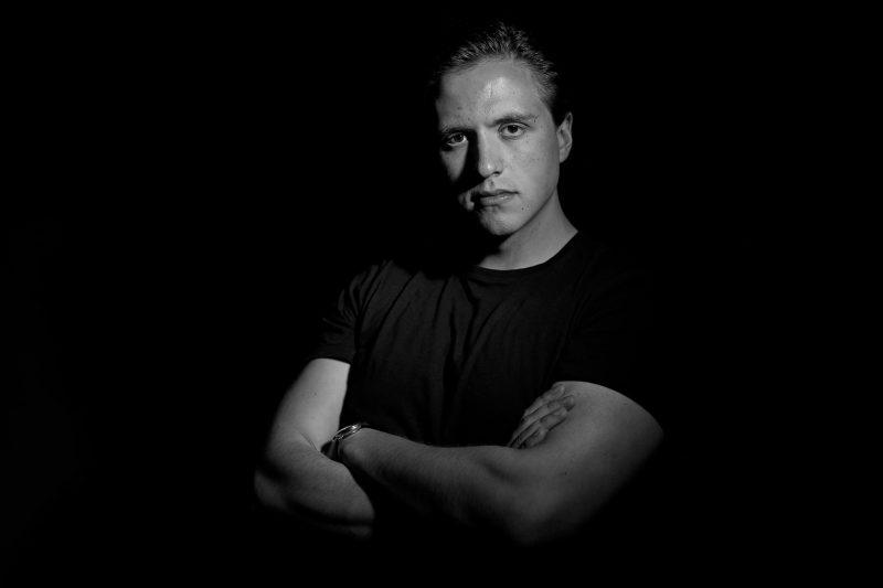 Männerfoto Künstler Musikerportrait Fotograf im Mostviertel