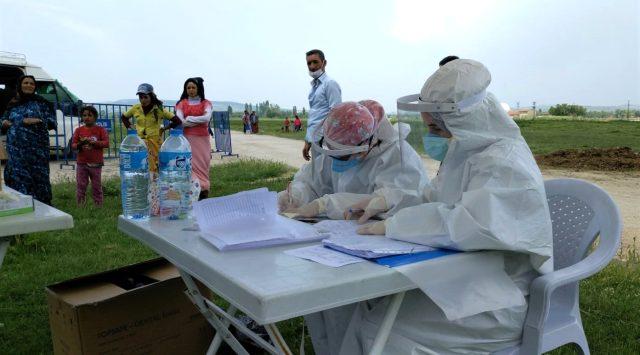 4 yaşındaki çocukta korona virüs çıkınca 200 nüfuslu çadırkent karantinaya alındı
