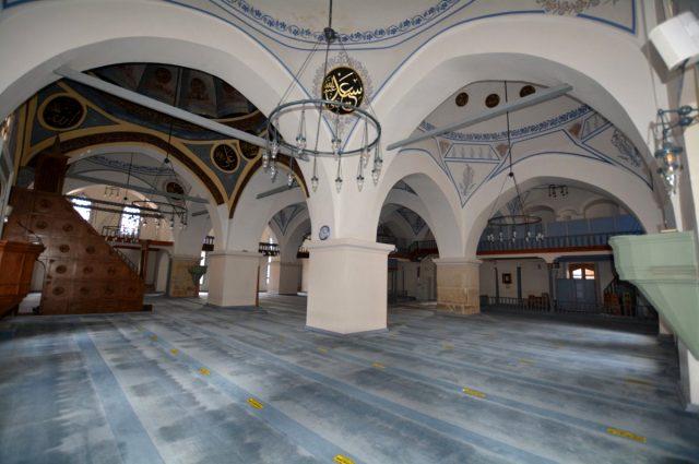 Vakıflar Genel Müdürlüğü'nden 'Nasrullah Camii'ne restorasyon yerine badana yapıldı' iddialarını yanıt