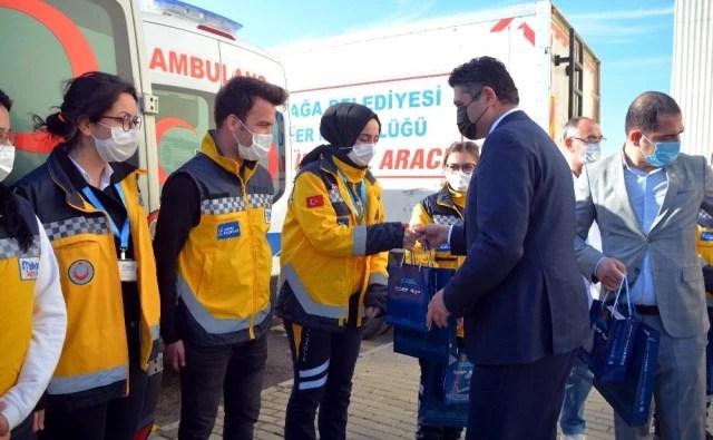Başkan Serkan Acar, sağlık çalışanlarının bayramını kutladı