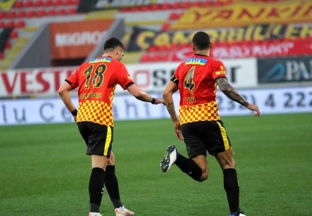 Süper Lig: Göztepe: 3 D.G. Sivasspor: 5 (Maç sonucu)
