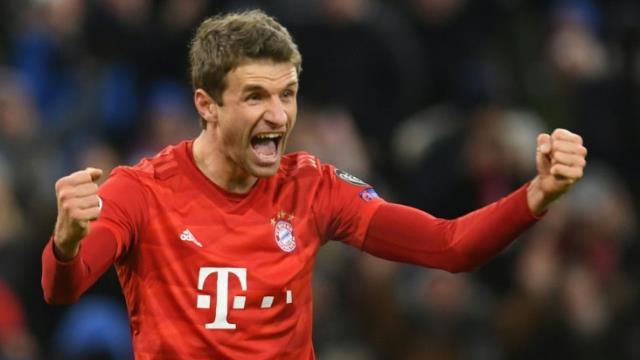 Rachid Ghezzal, Bayern'in yıldızı Thomas Müller'i sollamak üzere