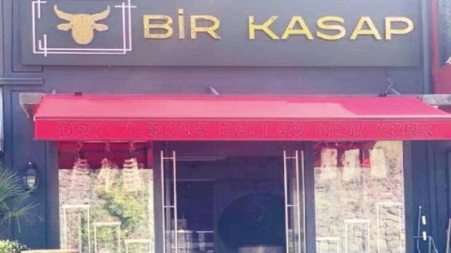 Fenerbahçe'nin eski hocası Erol Bulut ve Volkan Demirel kasap dükkanı açtı