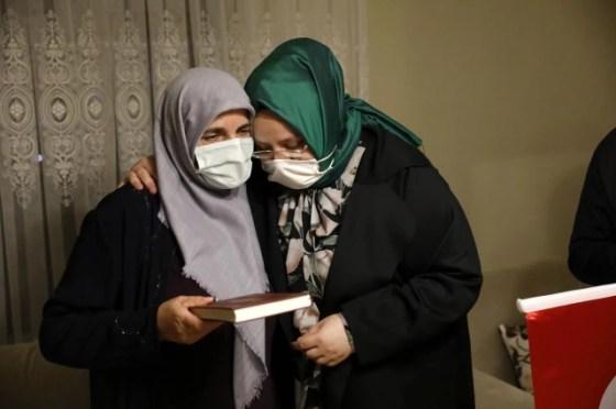 Σπάζοντας ειδήσεις |  Ο υπουργός Selçuk ήταν φιλοξενούμενος στο σπίτι του Βετεράνου της Κύπρου, γνωστός ως «Reşat Baba» στο iftar