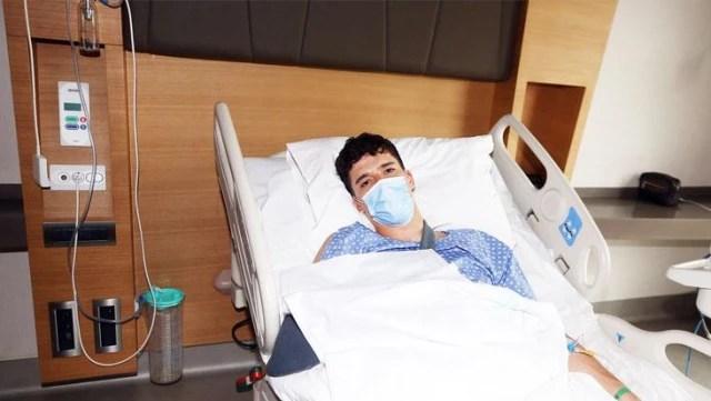 Ameliyattan çıkan Altay Bayındır'dan ilk fotoğraf geldi