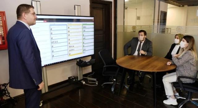 """Başkan Demir: """"Yazılımları kendimiz yaparak 2 yılda 10 milyon TL tasarruf sağladık"""""""