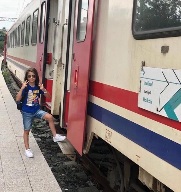 Çorlu'daki tren kazasında oğlu Arda'yı kaybeden Mısra Öz'ün sağlık durumu iyi