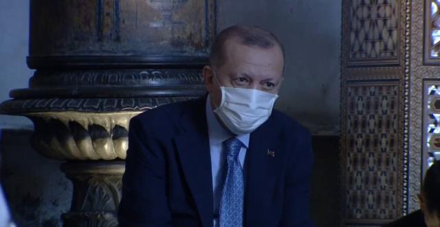 cumhurbaskani erdogan ayasofya camii nde kuran i 14163576 1688 m