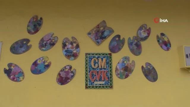 resim ogretmeni antika esyalarla evini nostal 3 14164427 o