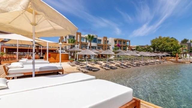 luks tatilin merkezi olan bodrum da plajlara 14178215 2766 o
