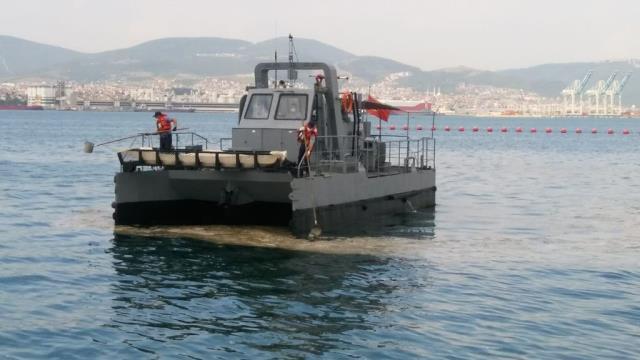 7 ilde eş zamanlı olarak başlatıldı! Marmara'daki müsilaj temizleniyor