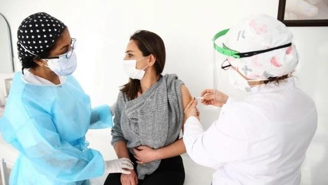 Bakanlık harekete geçti! Hatırlatma aşısı olarak tabir edilen 3. doz yolda