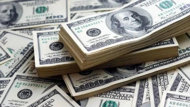 Güne düşüşle başlayan dolar 8,69'dan işlem görüyor