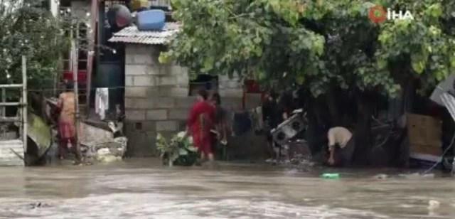 Nepal'de şiddetli yağış sele neden olduSel felaketinde 380'den fazla evi su bastı