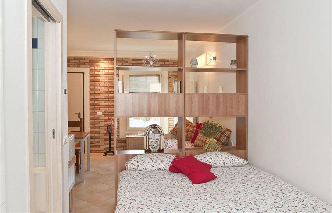 Hotel Bb Casa Francisca In Bolzano Novarese Great Prices
