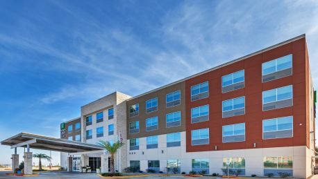 Holiday Inn Express Suites Brenham South