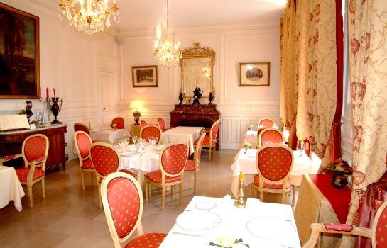 Hotel Chateau De La Dame Blanche Logis Geneuille Hotel Info