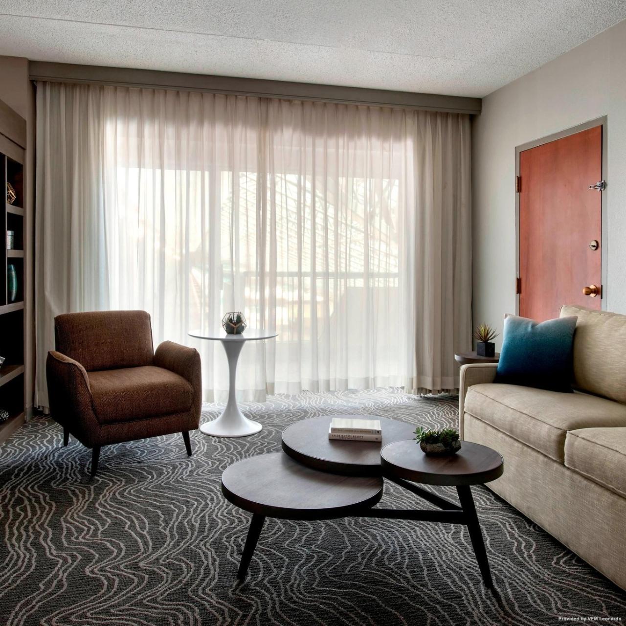 hotel marriott melville long island