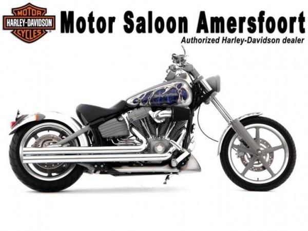 Harley-Davidson FXCW Softail Rocker (model 2009) (bj 2011