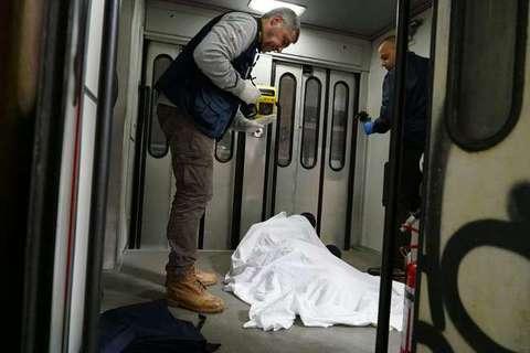 Terni ritrovato morto nel bagno del treno  overdose Foto Papa  Il Messaggeroit