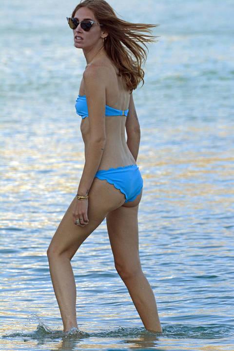 Chiara Ferragni sexy in bikini a Mykonos  Leggoit