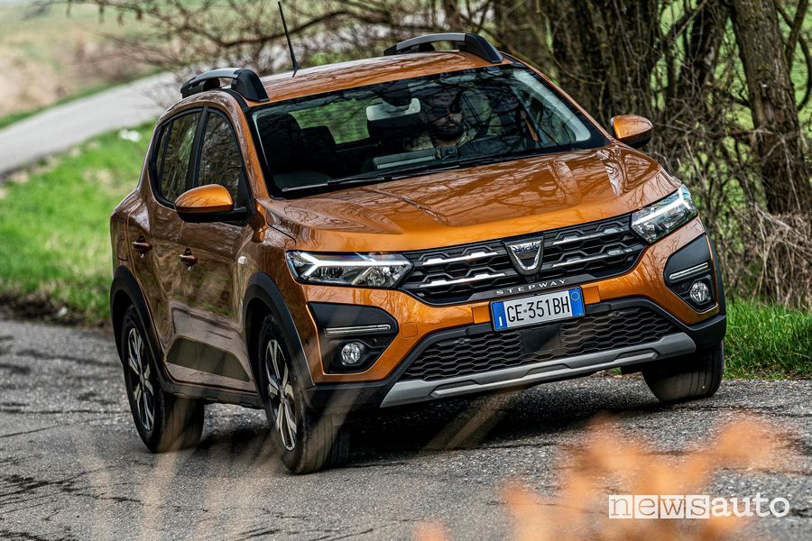 Best-selling cars, TOP TEN ranking car market June 2021 Dacia Sandero Stepway
