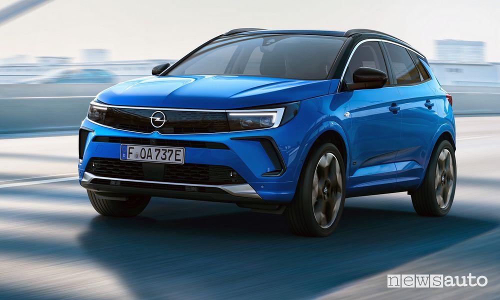 New Opel Grandland Hybrid4 2022