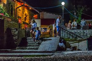 Коктебельская набережная вечером. Фото Николая Ефремова