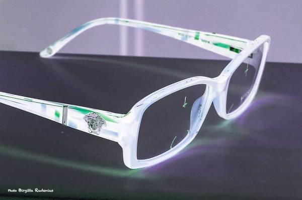 eye_20140311_glasses