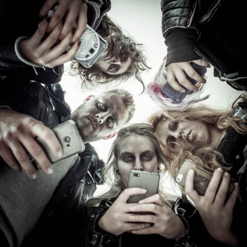Phonezombies-