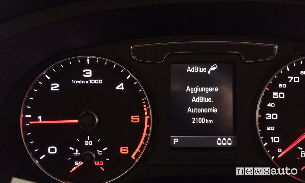 WARNING AdBlue lights up when there are still 1,000 - 2,000 km of autonomy