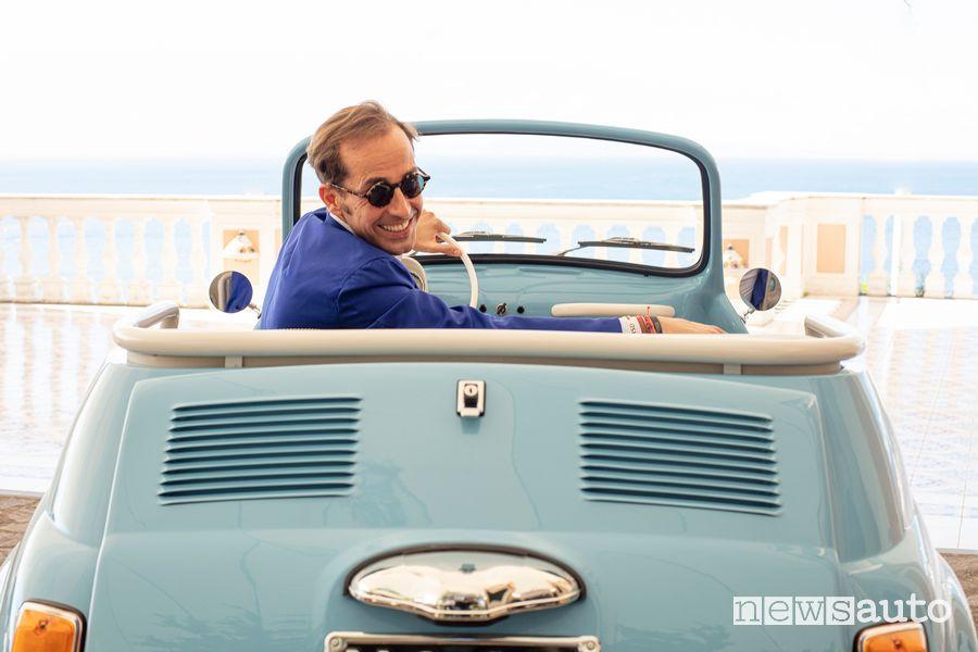 Massimiliano Archiapatti (GM and CEO of Hertz Italia) aboard the electric Fiat 500 Jolly Icon-e Spiaggina