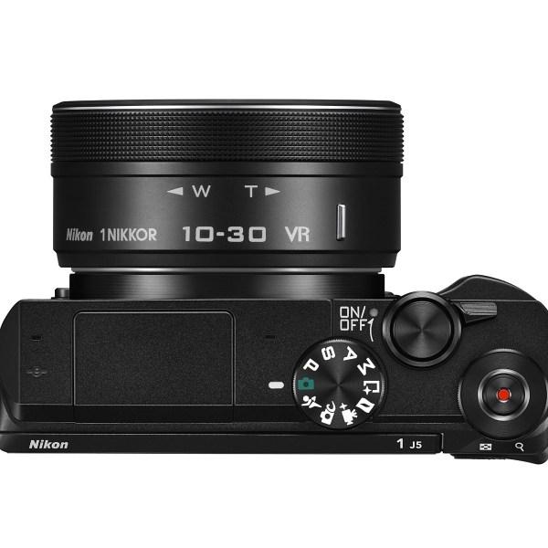 Nikon 1 J5 + 10-30