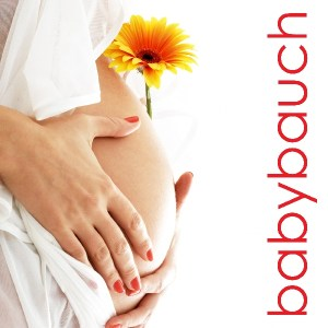 Babybauch, Baby und Familie